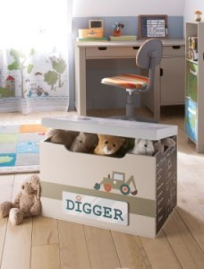 Aufbewahrungstruhe Bagger-Design (c) vertbaudet.de