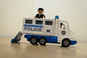 Lego Duplo Polizeitransporter